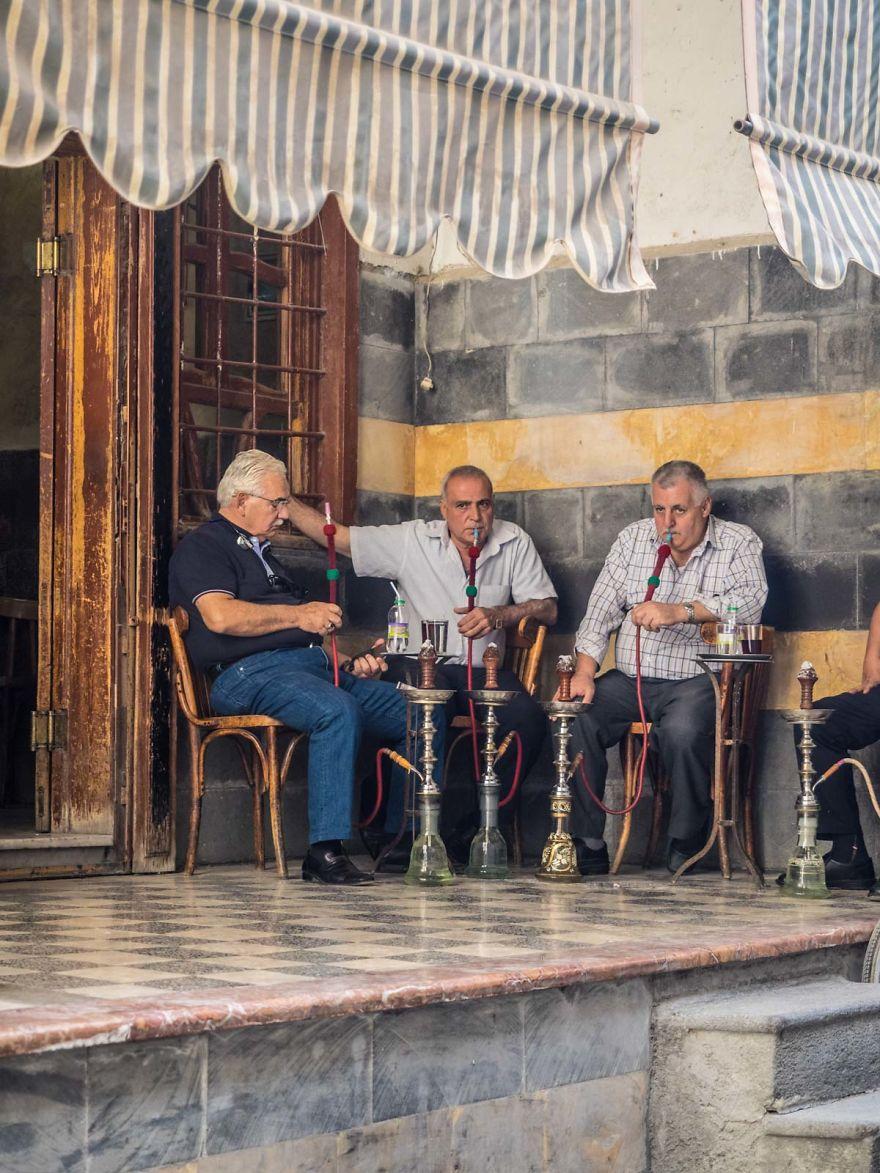 28 - زندگی عادی مردم سوریه در دل جنگ های داخلی + عکس