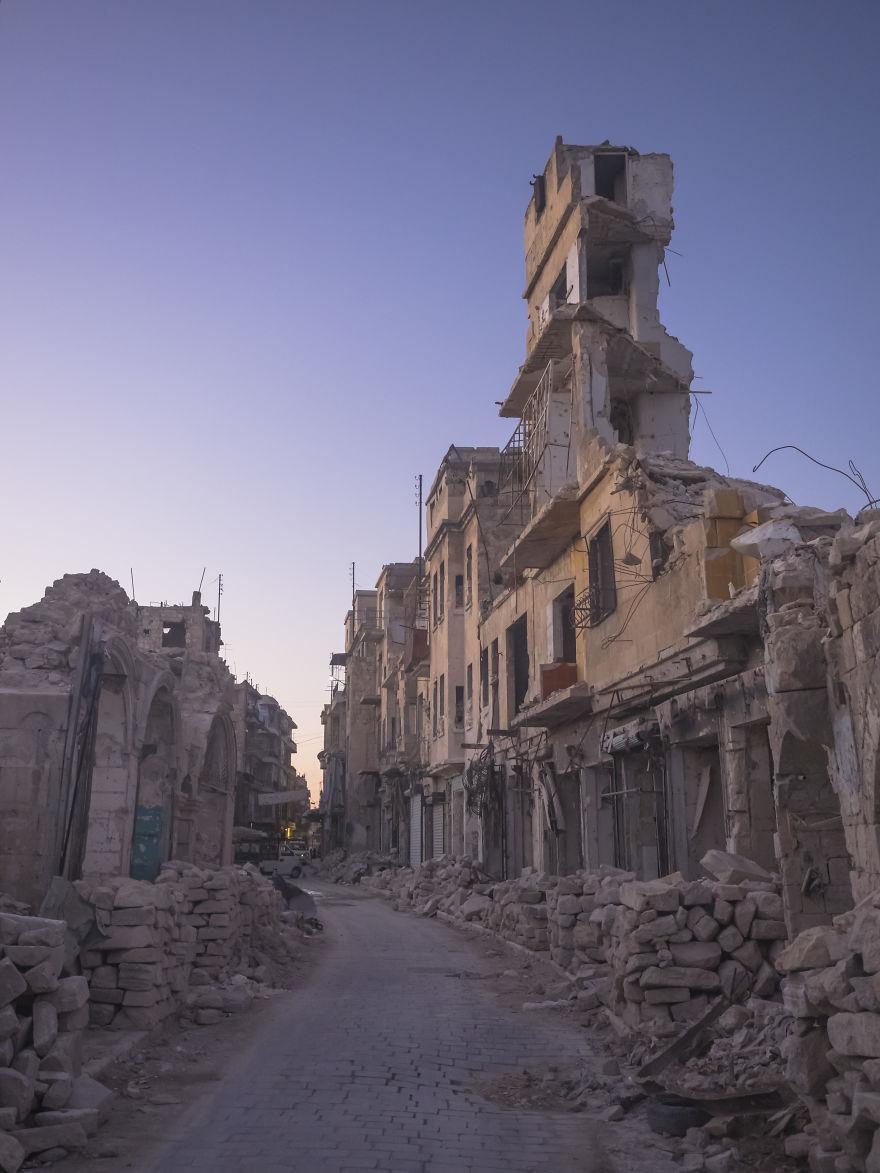 32 - زندگی عادی مردم سوریه در دل جنگ های داخلی + عکس