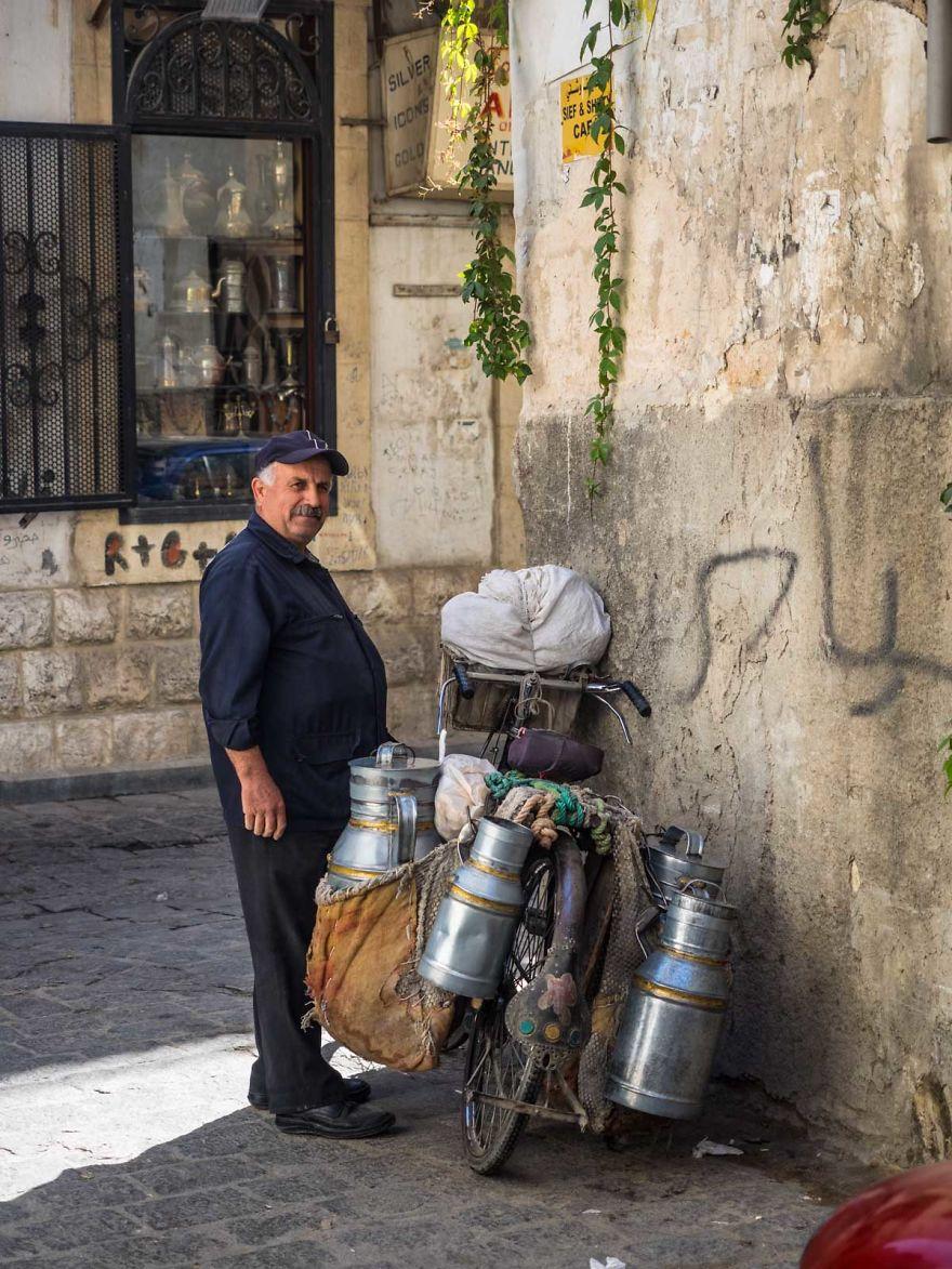 8 2 - زندگی عادی مردم سوریه در دل جنگ های داخلی + عکس