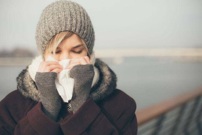 چرا در هنگام سرما دچار آبریزش بینی میشویم؟