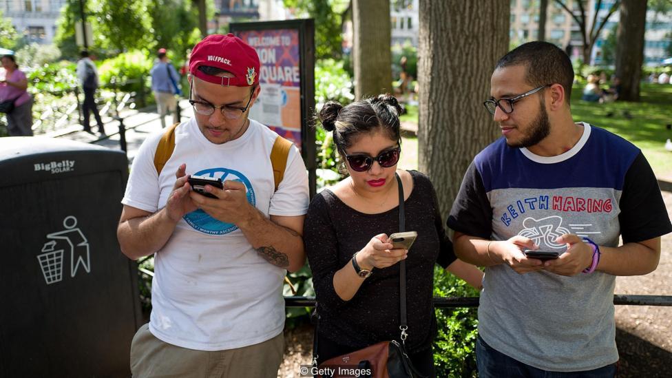 تاثیر منفی شبکه های اجتماعی