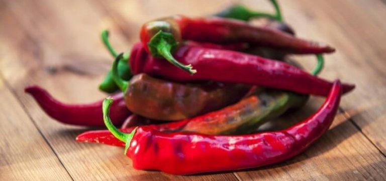 ۹ گیاه و ادویهای که به کاهش وزن و تناسب اندام کمک میکنند