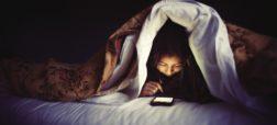 چرا قبل از خواب نباید از تلفن همراه استفاده کنیم؟