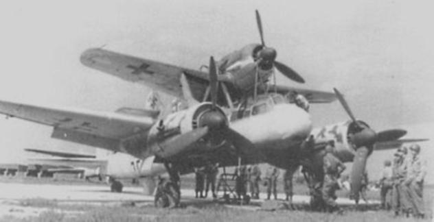 Mistel Flying Bomb w700 روزیاتو: ۱۰ سلاح عجیب و غریبی که در دوران جنگ جهانی دوم ساخته شدند اخبار IT
