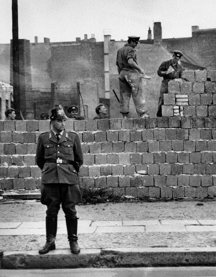 دیوار برلین؛ مانعی که ۲۷ سال پایتخت آلمان را دچار دودستگیکرد
