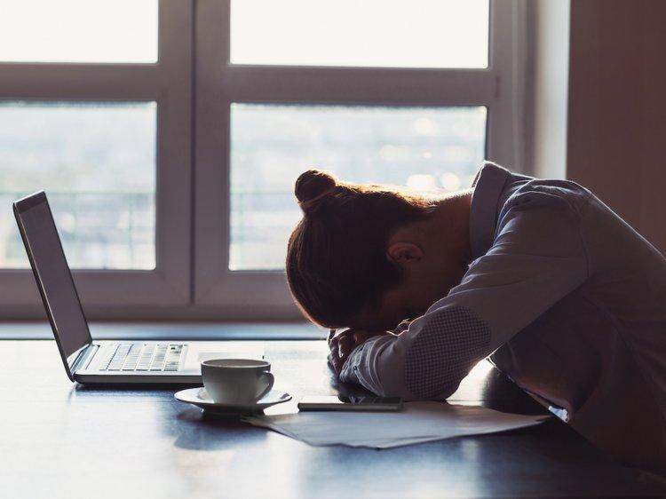 سندروم خستگی مزمن چیست؟ مشکلی که بهواسطه آن هیچوقت حال ندارید
