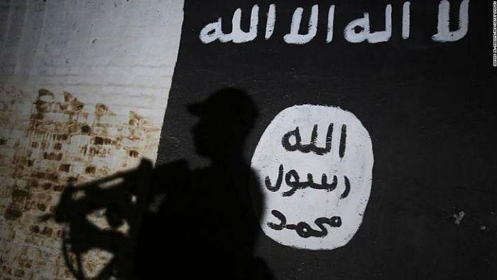 aHR0cHM6Ly9jZG4uY25uLmNvbS9jbm5uZXh0L2RhbS9hc3NldHMvMTgwMjE5MTEyNDA5LTAxLWlzaXMtbG9nby1pcmFxLWZpbGUtc3VwZXItdGVhc2UuanBn w700 روزیاتو:کفاح بشیر حسین؛ پزشک متخصص روماتیسم عراقی که وزیر بهداشت داعش شد اخبار IT