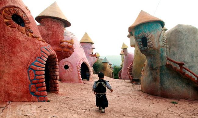 با شگفت انگیزترین مکان های دنیا و مردمان عجیبشان آشناشوید