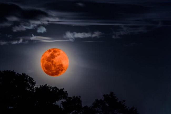 6 33 - حقایقی درباره کره ماه