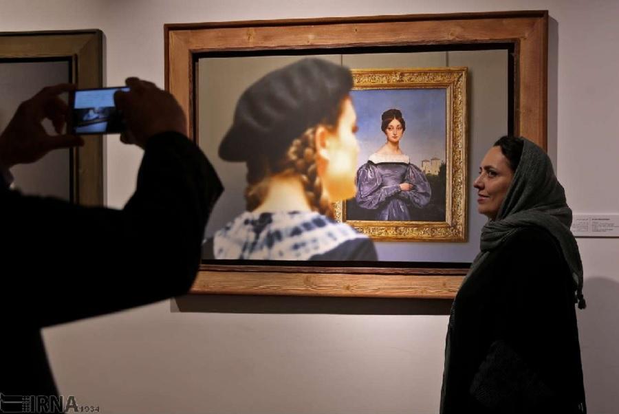 گشتی در موزه لوور پاریس از قاب «عباس کیارستمی» در تهران