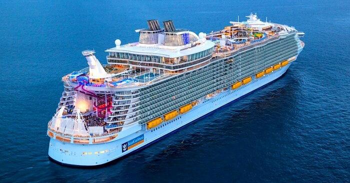 10 w700 2 روزیاتو: ۱۰ کشتی تفریحی غول پیکری که هر کسی آرزوی مسافرت با آن ها را دارد اخبار IT