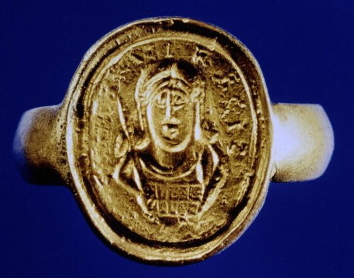 10 نمونه از عجیبترین آثار باستانی جهان که بهصورت تصادفی پیدا شدهاند