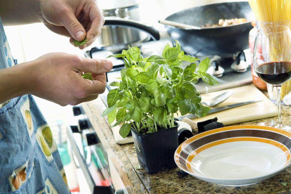 کاشت سبزیجات در آپارتمان