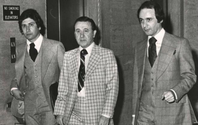 Frank Balistrieri and sons w700 روزیاتو: داستان واقعی و هیجان انگیز فیلم «دانی براسکو» و زندگی ۶ ساله ژوزف پیستونه در مافیا اخبار IT