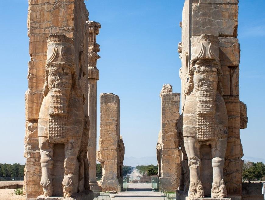 آشنایی با رشته کارشناسی ارشد تاریخ ایران باستان: کتاب ها و فرصت های تحصیلی