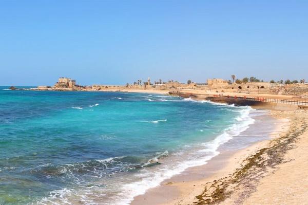 02 Caesarea 760x506 روزیاتو: نگاهی به ۱۳ مورد از حیرت انگیزترین گنجینه های کشف شده زیر آب اخبار IT