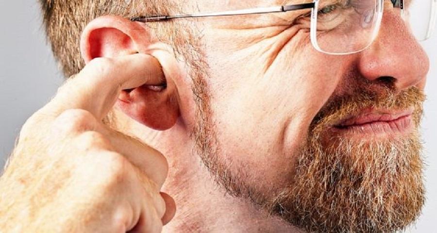 شستشوی گوش چیست و چه موقع باید به پزشک مراجعه کرد؟