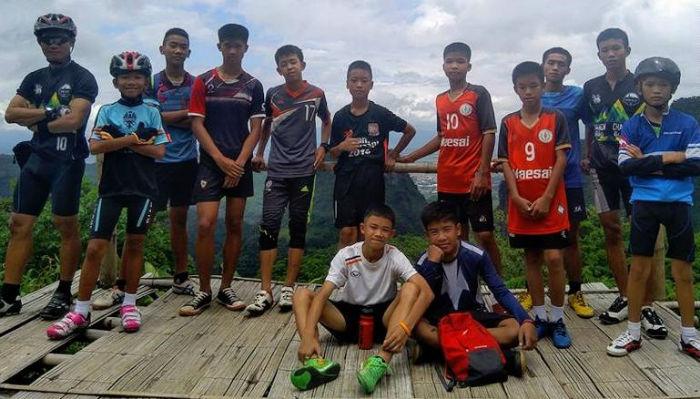 ۹ روز در جهنم: فوتبالیست های نوجوان تایلندی گرفتار در غارهای عمیق بالاخره پیدا شدند