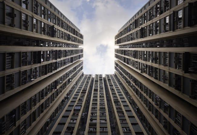 سردرد از نگاه به ساختمان ها یبلند