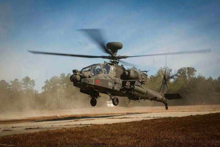 9 Apache Helicopter take off w700 روزیاتو: با ۱۰ هلی کوپتر نظامی گرانقیمت و قدرتمند کلاس جهانی آشنا شوید اخبار IT