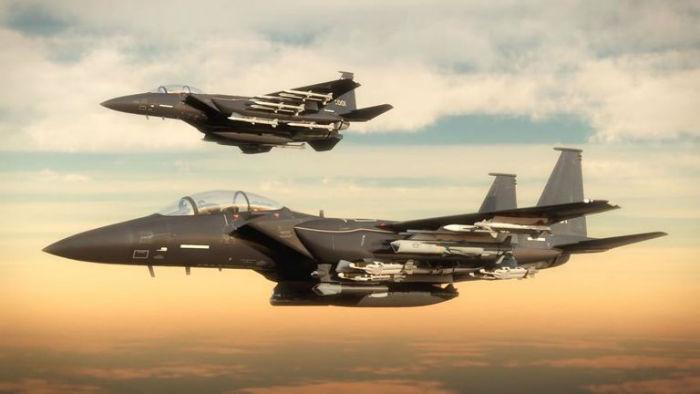 جنگنده اف ۱۵ جدید بوئینگ با بیش از ۲۴ فروند موشک پیشرفته عرضه شد