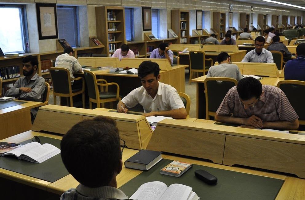 مقررات و شرایط استفاده از شیفت شب کتابخانه ملی