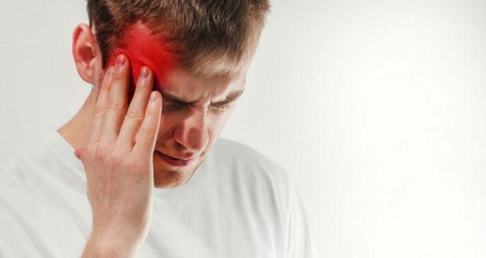 علت وقوع میگرن و ۷ روش ساده و موثر برای کاهش سردردهای میگرنی