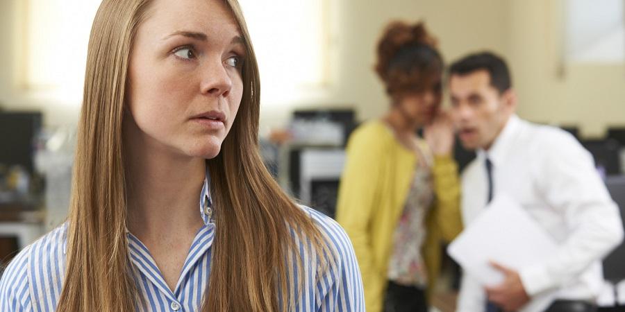 غیبت کردن در محل کار را با 9 حرکت در نطفه خفه کنید