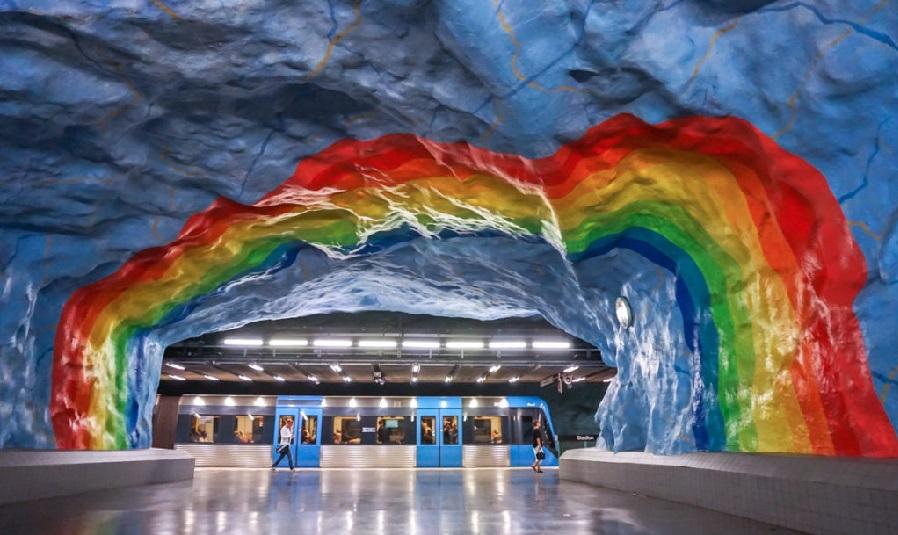 گشتی در ایستگاه های رنگارنگ مترو استکلهم