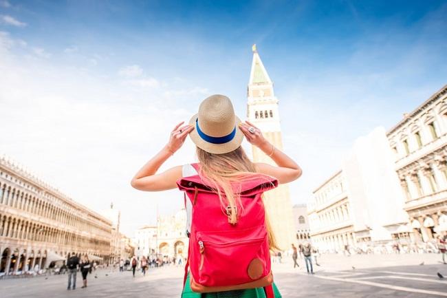 فواید تنها سفر کردن