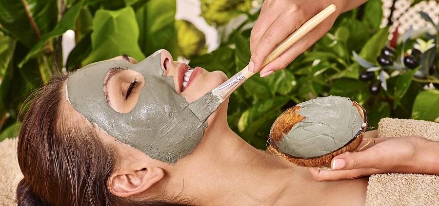 طرز تهیه 10 ماسک خانگی برای داشتن پوست و موی شاداب تر