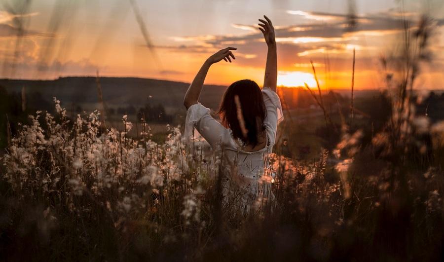 روزیاتو: انقلابی که از مسیر ذهن میگذرد؛ خود را بکوبید و دوباره از نو بسازید