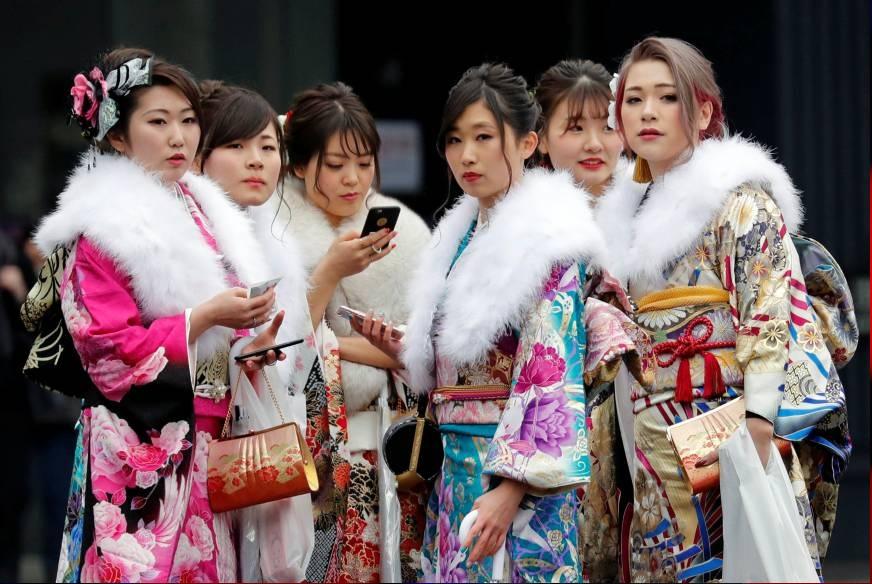۳۰ کتاب برای آشنایی با فرهنگ، هنر و صنعت ژاپنی ها