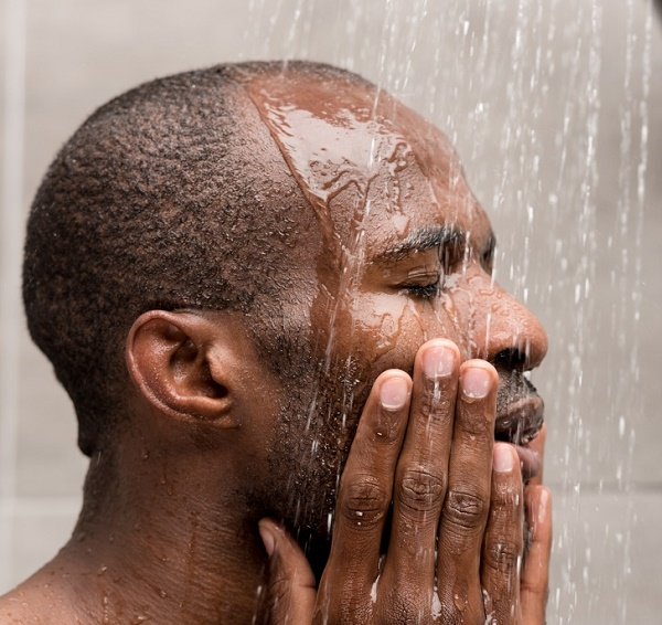 شخصیت شناسی حمام کردن