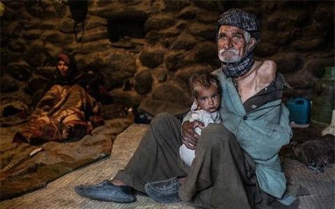 خط فقر و فقر مطلق