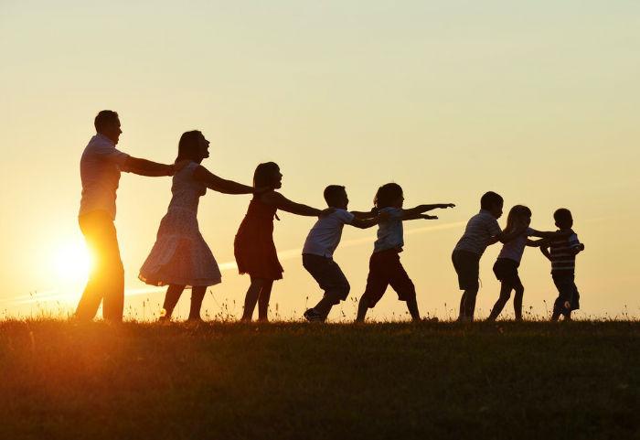 پدرترین و مادرترین انسان های تاریخ؛ نهایت قدرت فرزند آوری مردان و زنان چقدر است؟