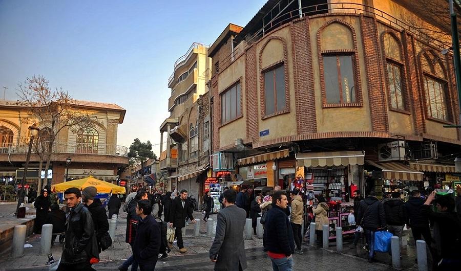 بازار بی رونق لوازم آرایش در «کوچه مروی» تهران