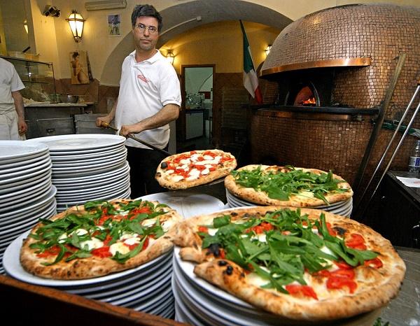 آداب رستوران رفتن در کشورهای مختلف