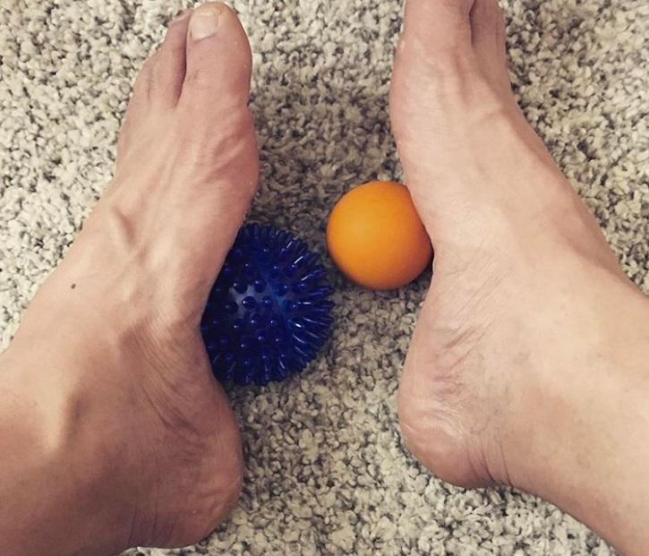 چند روش ساده و طبیعی برای داشتن پاهایی زیبا و سالم