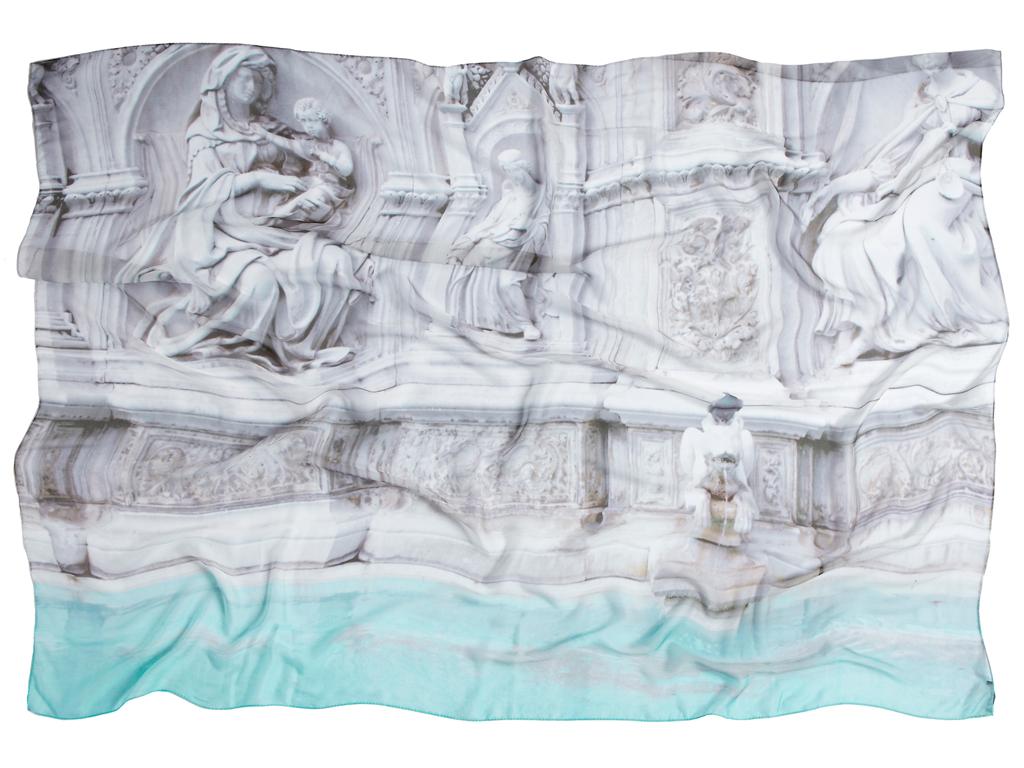 هنر و گردشگری؛ چاپ عکسهای سفر روی روسریهای ابریشمی زنانه
