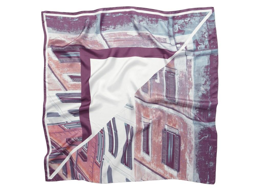چاپ عکسهای سفر روی روسریهای ابریشمی زنانه