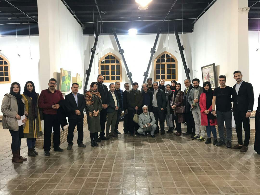 نمایشگاه جادوی رئالیسم