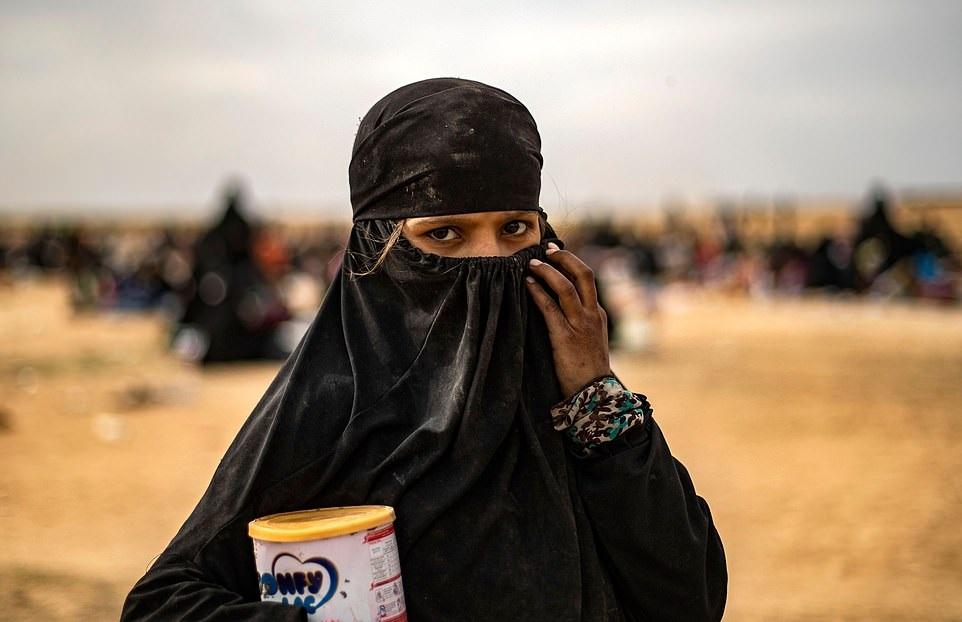 «خون به پا خواهد شد»؛ سخنان ترسناک و انتقام جویانه همسران خارجی داعش در باغوز