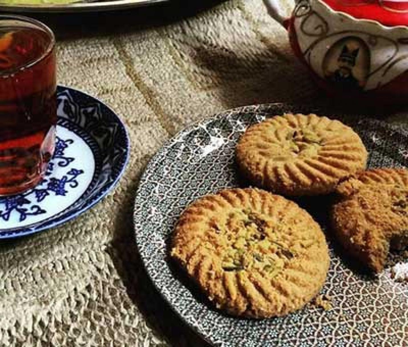 شیرینیهای سنتی شیراز و کاشان