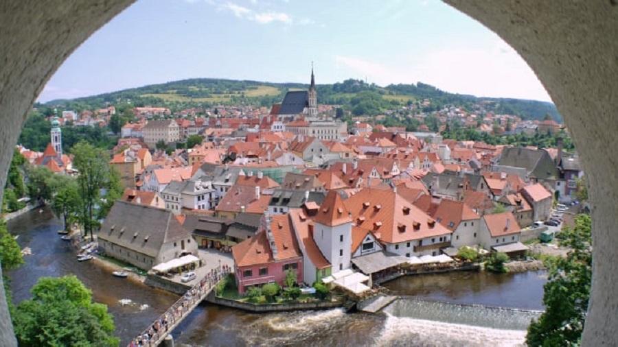 با ۱۱ روستای رمانتیک در قلب اروپا آشنا شوید