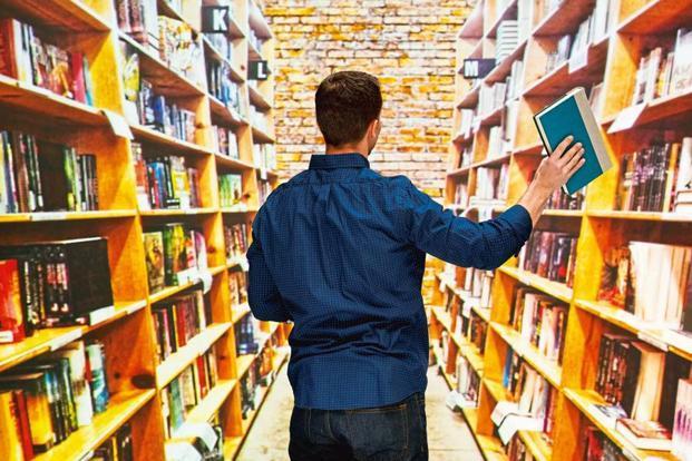 پیشنهادات خرید کتاب از سی و دومین نمایشگاه بین المللی کتاب تهران