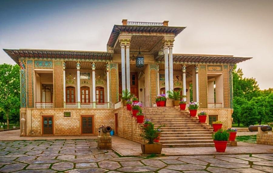 نگاهی به دیدنیهای شیراز، شهرِ شعر و شعور