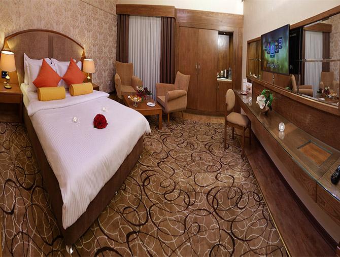 اگر به دنبال هتل پنج ستاره دور از حرم در مشهد هستید این مطلب را بخوانید
