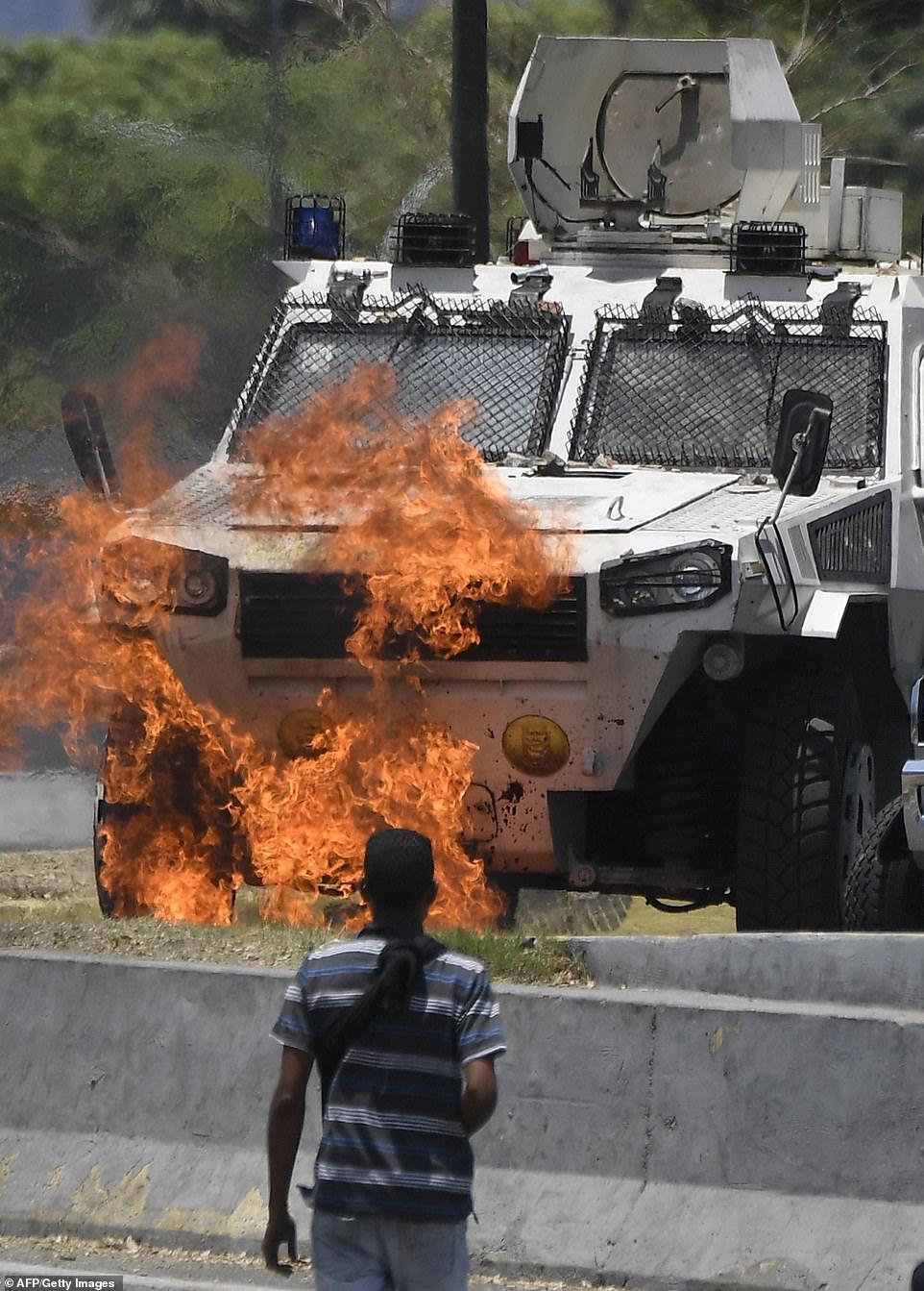 کودتا در ونزوئلا و شایعه فرار نیکلاس مادورو به کوبا