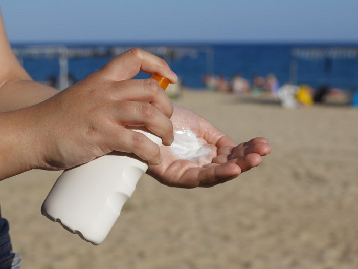 اشتباهات رایج درمورد کرم ضد آفتاب